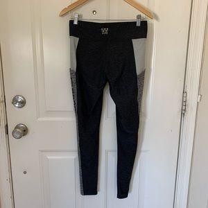 PINK Victoria's Secret Pants & Jumpsuits - VS Pink Ultimate Leggings with Pockets